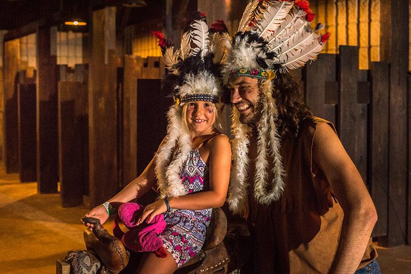 La tribu et saluda
